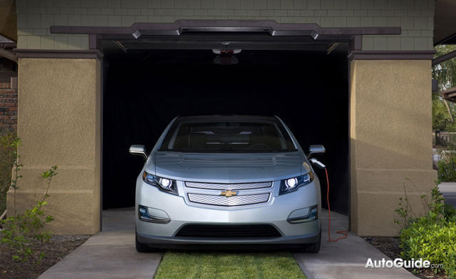 2013 Chevy Volt Gets New Driving Mode, Lane Departure Warning