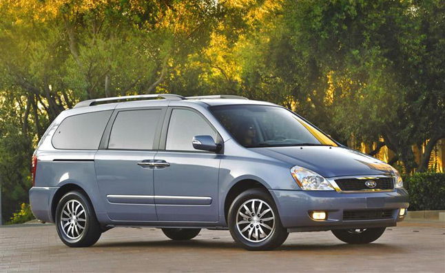 Kia Sedona Minivan Gets the Axe