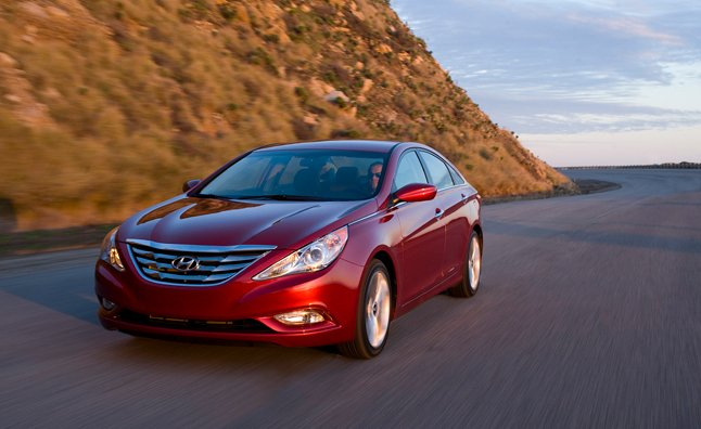 2013 Hyundai Sonata Ditches Manual Transmission, Gets Price Hike