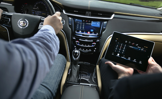 Cadillac XTS Gets iPad to Help Navigate CUE Infotainment System