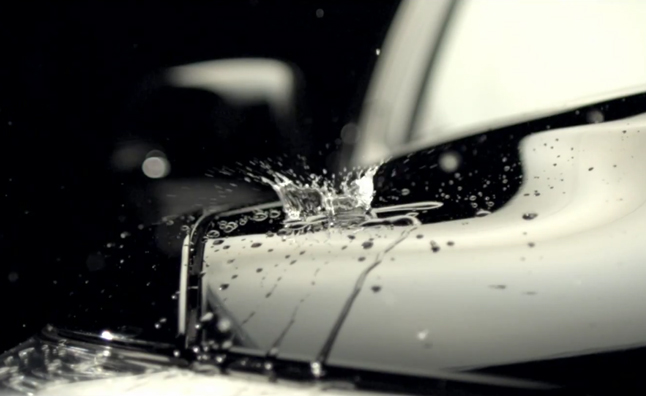 2013 Lexus LX Gets Wet in Gorgeous Video