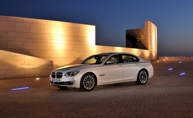 2013 BMW 7-Series Update Detailed in Videos