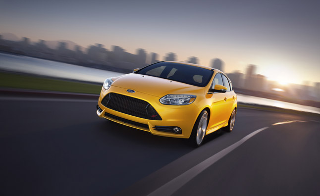 Ford Focus ST Performance Academy Offers Free Hot Lap Training