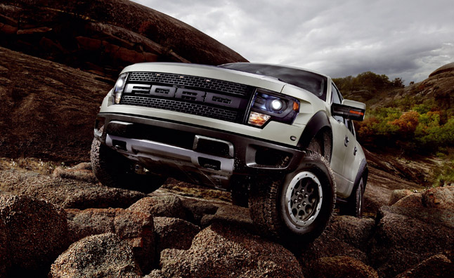 2013 Ford F-150 SVT Raptor Gets More Off-Road Capability, Interior Luxury
