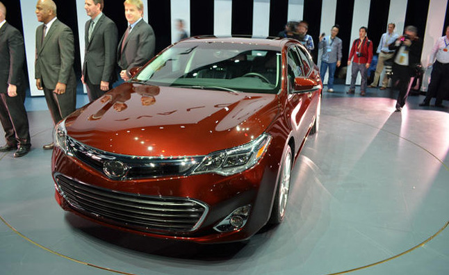 2013 Toyota Avalon will get Hybrid Option