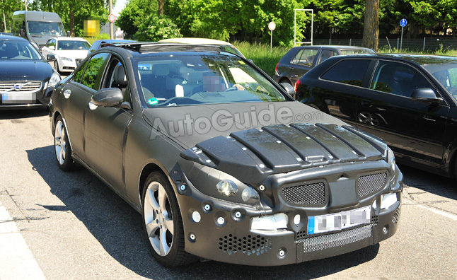 2014 Mercedes-Benz C-Class Interior Captured in Spy Photos