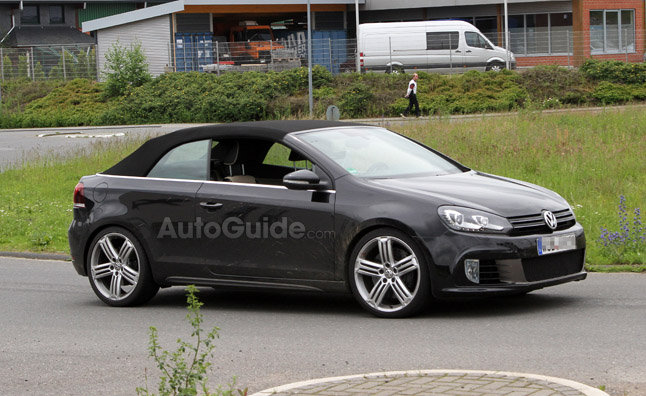 Volkswagen Golf R Cabriolet Caught Testing in Spy Photos