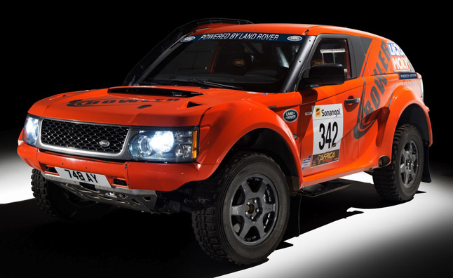 Bowler and Land Rover Forge Official Partnership