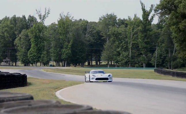 SRT Viper GTS-R Roars Through VIR – Video