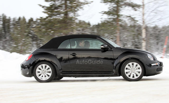 Volkswagen Beetle to Hit Dealers Late 2012