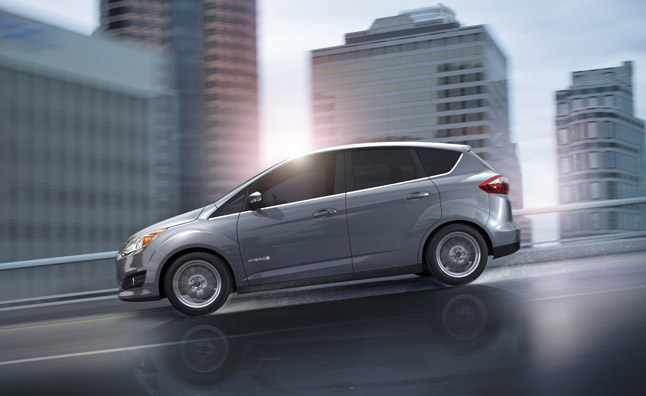Ford C-Max Hybrid Offers 47 mpg City, Beats Prius V