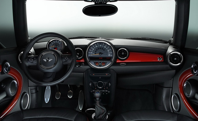 2014 MINI Models to Scrap Large Center Speedometer