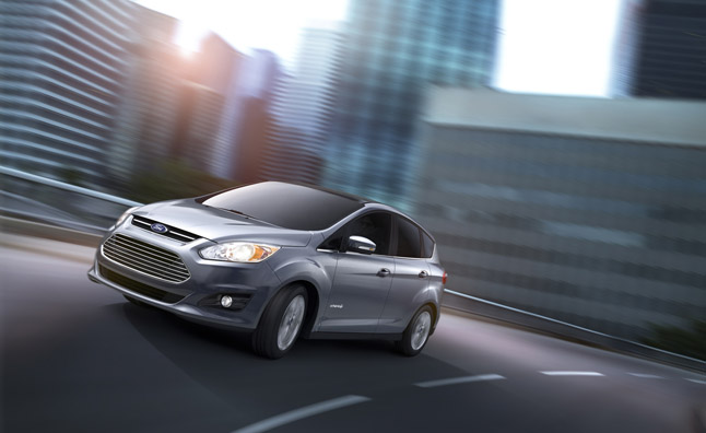 Ford C-Max Previews Fusion Hybrid Powertrain and Tech