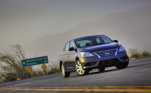 2013 Nissan Sentra Loses Weight, Gains MPG