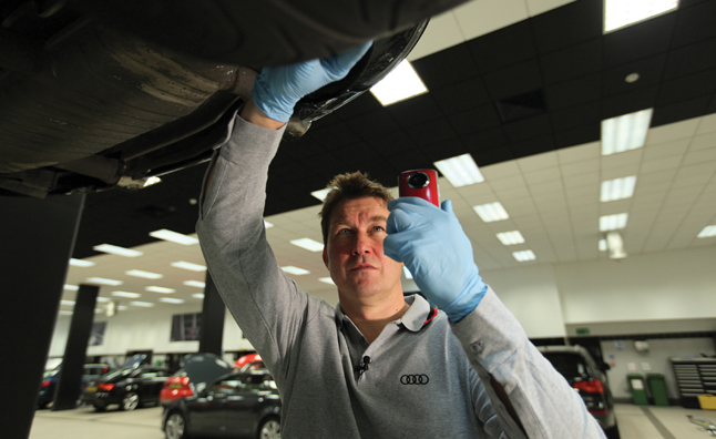 Audi Cam Lets you Watch your Mechanic at Work
