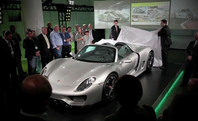 Porsche 918 Spyder Revealed in Production Form- Video