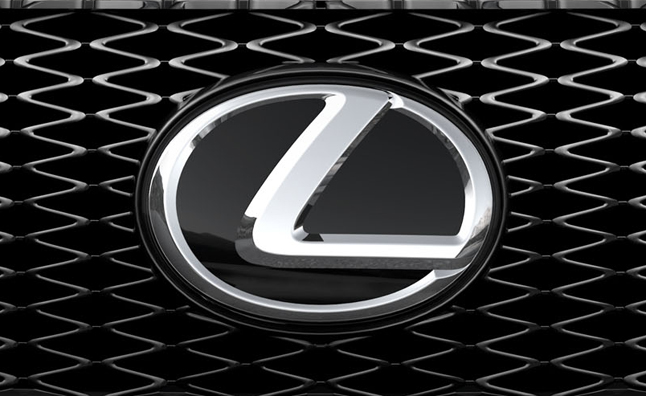 Lexus Aims to Double Hybrid Line by 2015