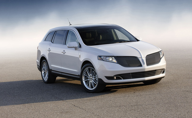 2013 Lincoln MKT Town Car to Get 2.0-Liter EcoBoost Engine
