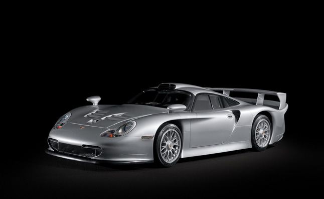Porsche 911 GT1 Headed to Monterey Auctions