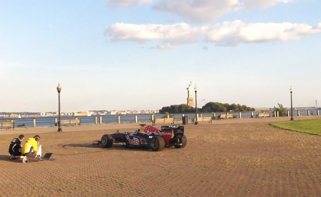 Red Bull F1 Car Plays the Star-Spangled Banner – Video