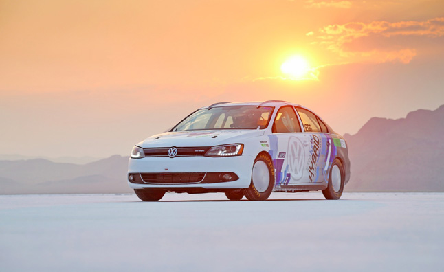 Volkswagen Jetta Hybrid Goes 185-MPH, Sets World Speed Record