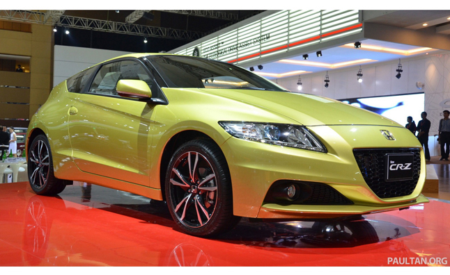 2013 Honda CR-Z Revealed in the Flesh