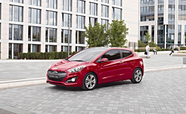 Hyundai Elantra GT Three-Door Revealed for Europe: Paris Motor Show Preview