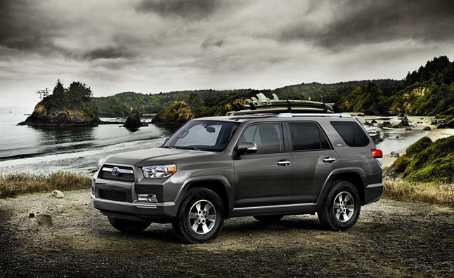 2013 Toyota 4Runner Remains Mostly Unchanged