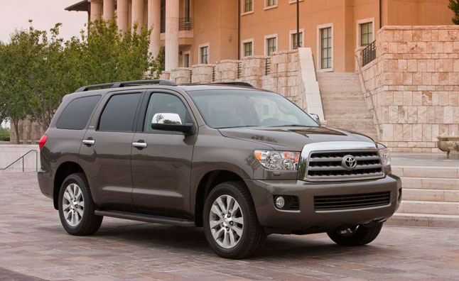 2013 Toyota Sequoia Gets Blu-Ray, Standard V8