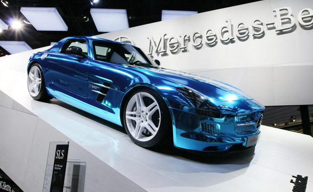 Mercedes Benz Shows That Green Can Be Mean.