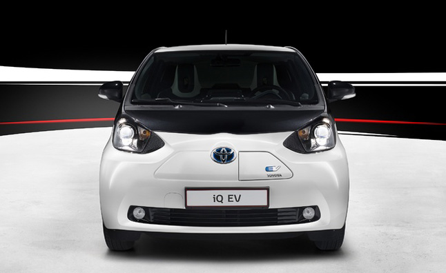 Toyota iQ EV Unveiled: 2012 Paris Motor Show Preview