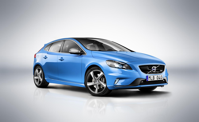 Volvo V40 Gets the R-Design Treatment