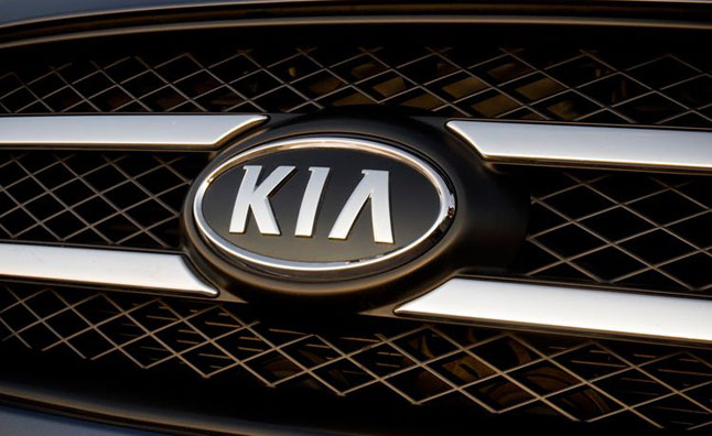 Kia Raises Breast Cancer Awareness with Cross Country Drive
