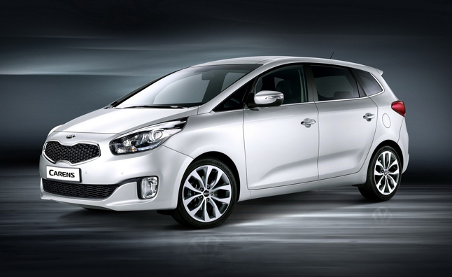 Kia Carens Compact MPV Revealed as the New Rondo: 2012 Paris Motor Show Preview