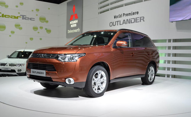 2014 Mitsubishi Outlander Destined for US Next Summer