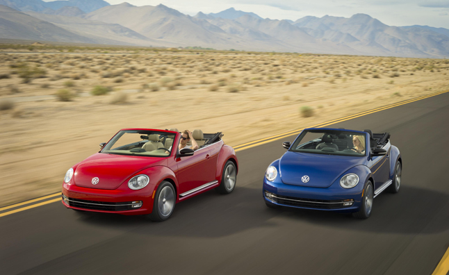 2013 Volkswagen Beetle Convertible Unveiled Before L.A.