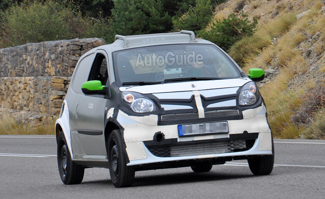 Smart ForFour Test Mule Spied Testing