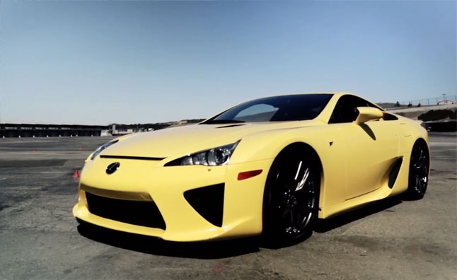 Lexus LFA Unleashed at Laguna Seca by Lucky Fan – Video