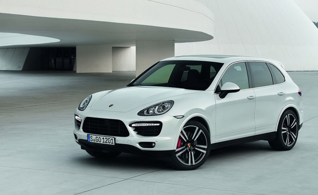 Porsche Cayenne Turbo S Revealed With 550-HP