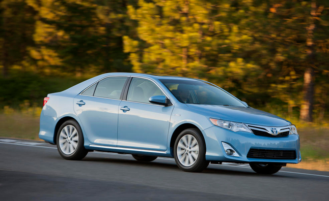 Toyota Camry Certain to Retain Title of Best Selling Car in America