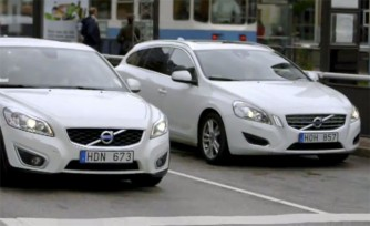 Volvo Improves Safety with Communicating Cars  Video
