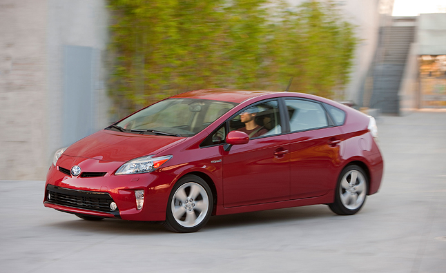 2015 Toyota Prius use AWD Tech