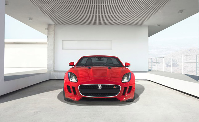 Jaguar F-Type to Get Manual, Nine-Speed for Next Gen