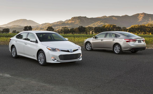 Your Next Airport Limo Might be a Toyota Avalon