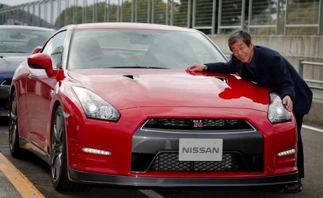 2014 Nissan GT-R New Trim Targets Women, Seniors