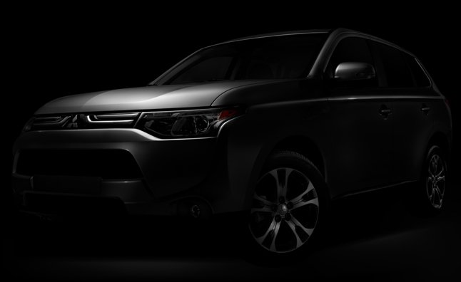 2014 Mitsubishi Outlander Teased Before LA Auto Show