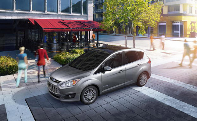 Ford C-Max Outsells Prius v in First Month of Sales