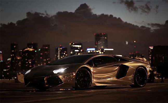 Gold Wrapped Lamborghini Aventador Stars in Video
