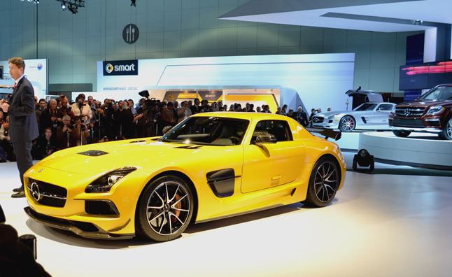 2013 Mercedes-Benz SLS AMG Black Series Video, First Look: 2012 LA Auto Show
