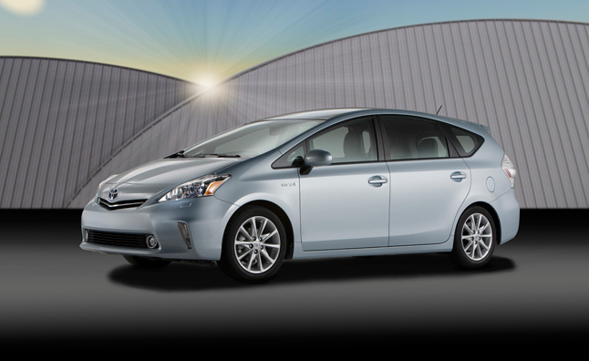 Toyota Breaks 1 M Hybrid Sale Mark in 10 Months